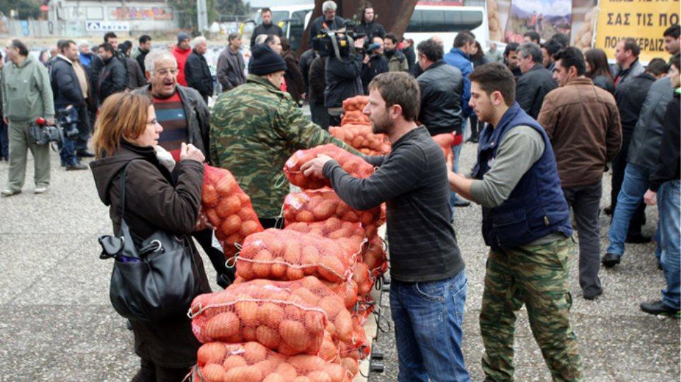 Χαμός στη Θεσσαλονίκη για ένα τσουβάλι πατάτες!