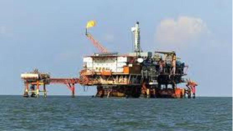 Ιρανικό πετρελαϊκό εμπάργκο μόνο στις «εχθρικές» χώρες της ΕΕ