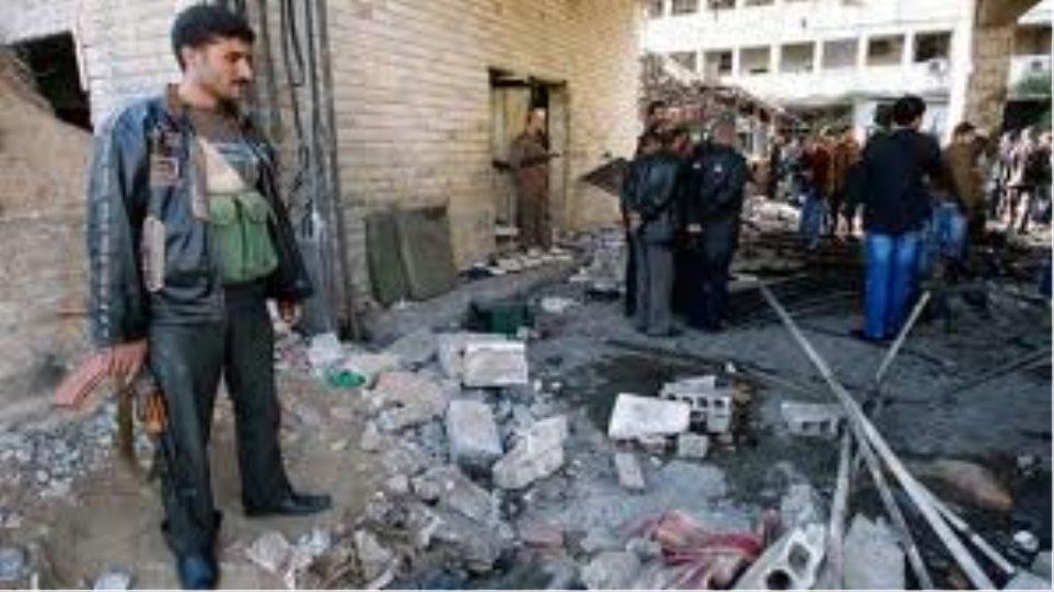 Μπαράζ βομβαρδισμών στη Συρία