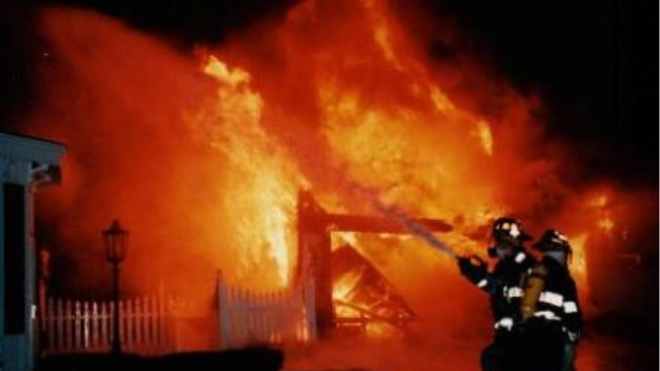 Εσβησε η φωτιά στην Πειραϊκή - Πατραϊκή