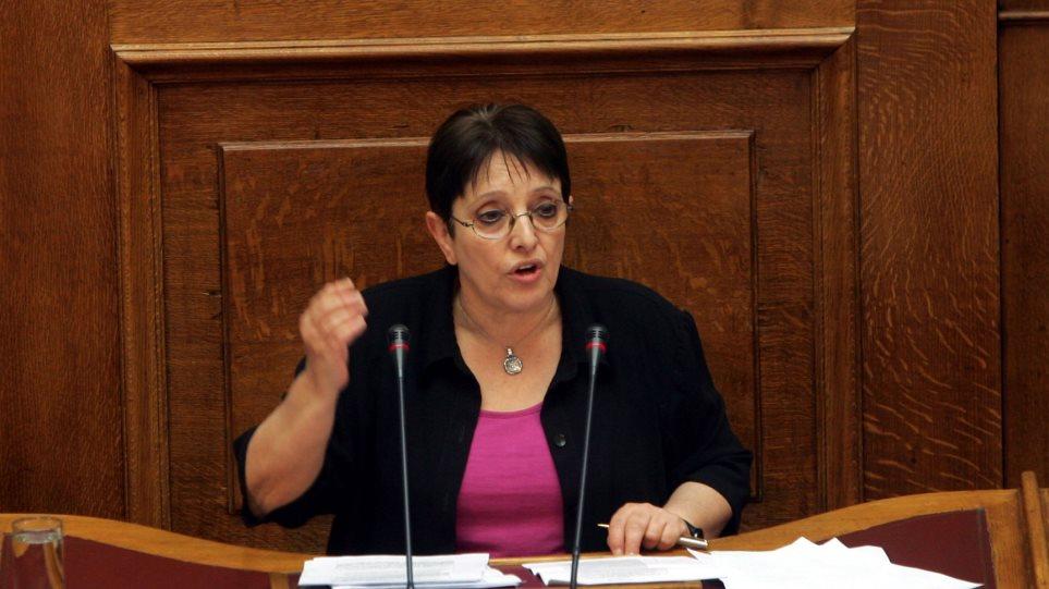 Παπαρήγα: «Όχι» σε μια σωσμένη Ελλάδα με χρεοκοπημένο λαό