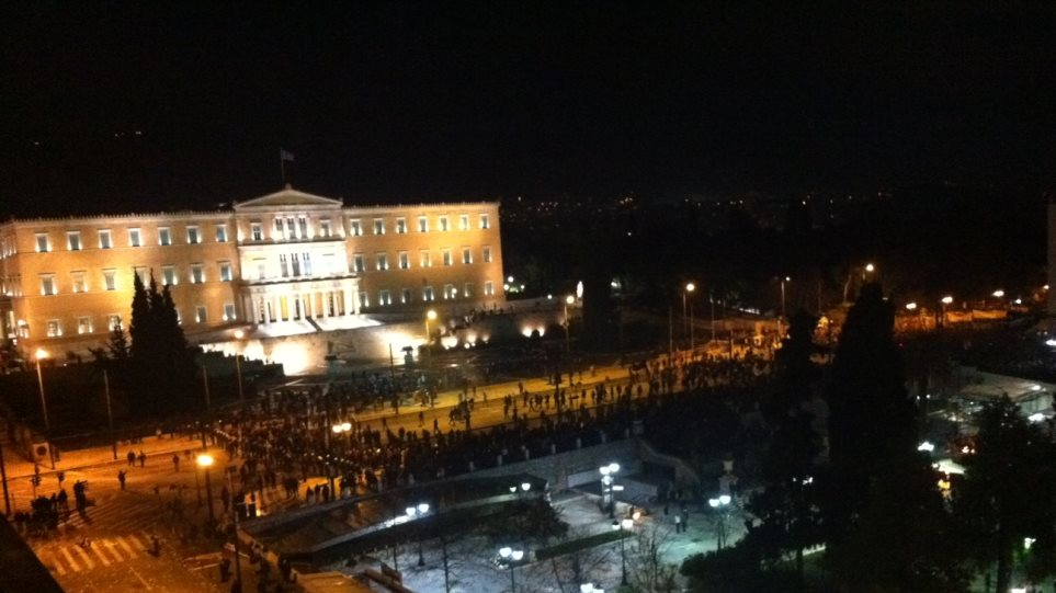 Use of chemicals disperses the Syntagma protests