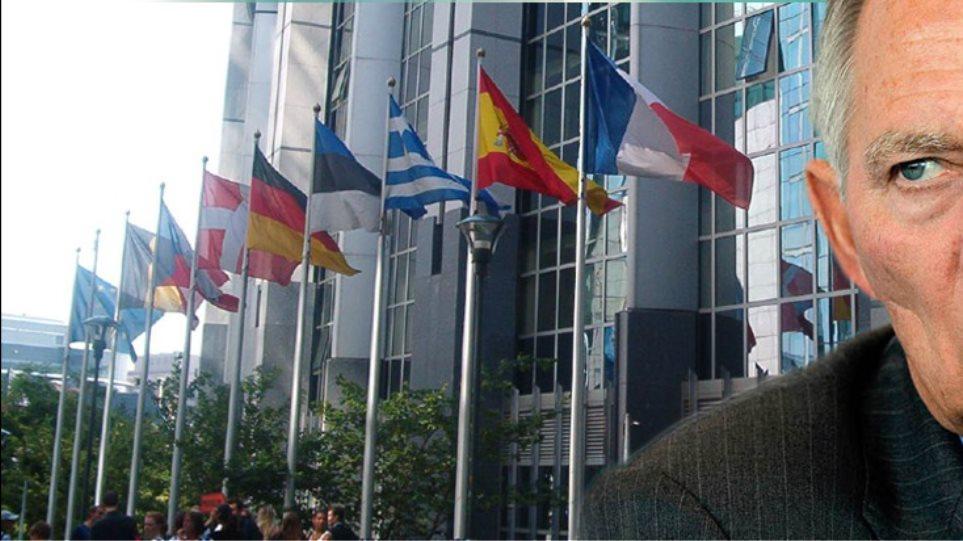Ρήτρα εξόδου της Ελλάδας από το ευρώ αν αποτύχουν τα μέτρα;