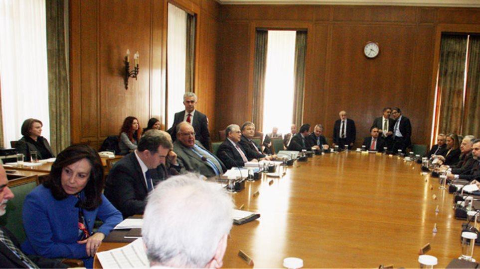Βαρύ κλίμα στο υπουργικό συμβούλιο