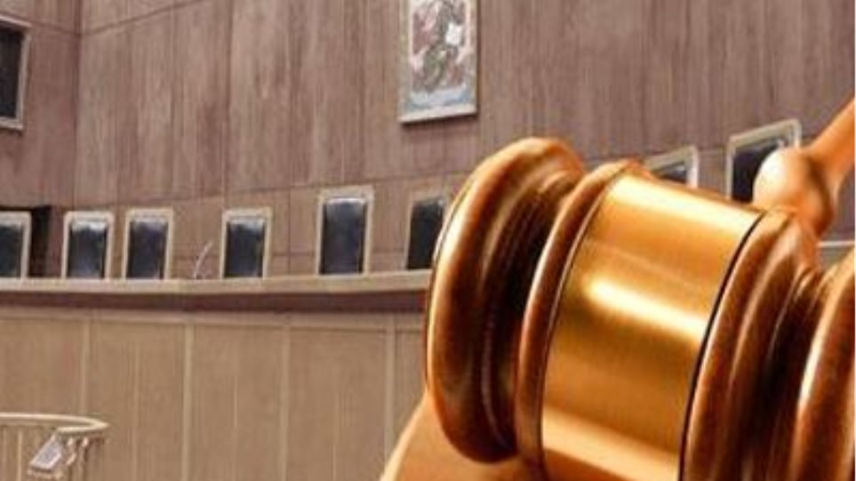 Παρατείνεται η αποχή των δικηγόρων της Αθήνας