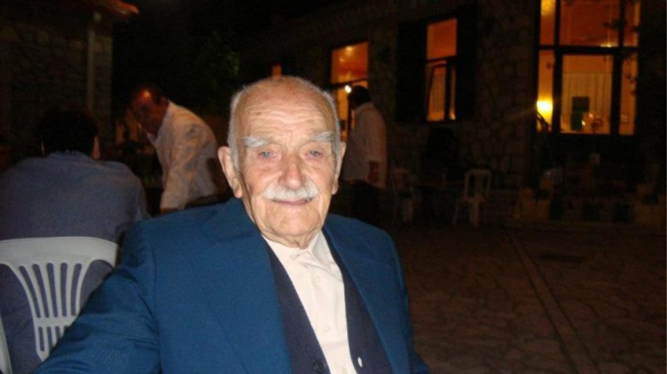 Έκλεισε τα 104 ο παππούς του Facebook!