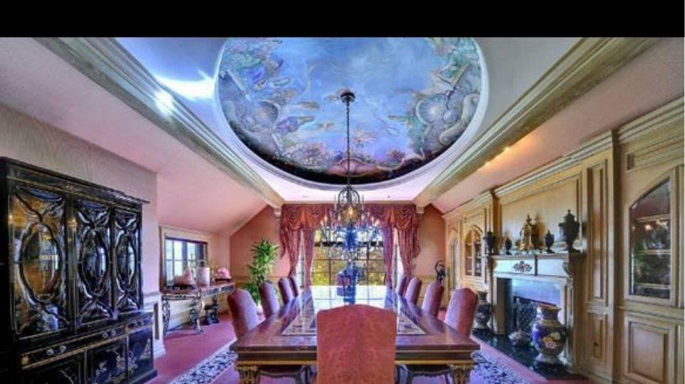 Πωλείται το σπίτι-παλάτι της Britney Spears