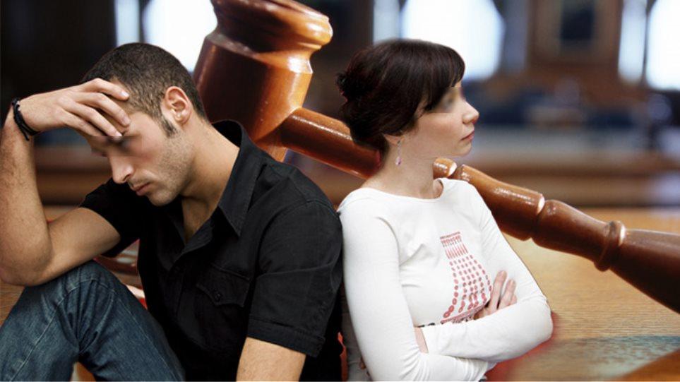 Μάθετε με απλά λόγια την διαδικασία και τα είδη διαζυγίου, καθώς και.
