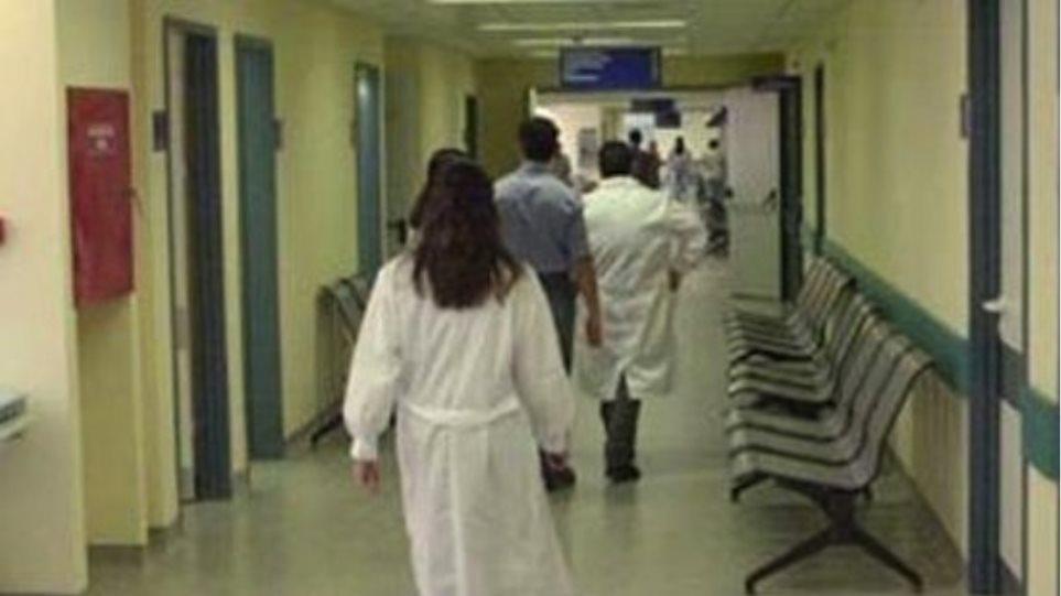 Όλες οι νοσοκόμες που βγαίνουν με γιατρούς