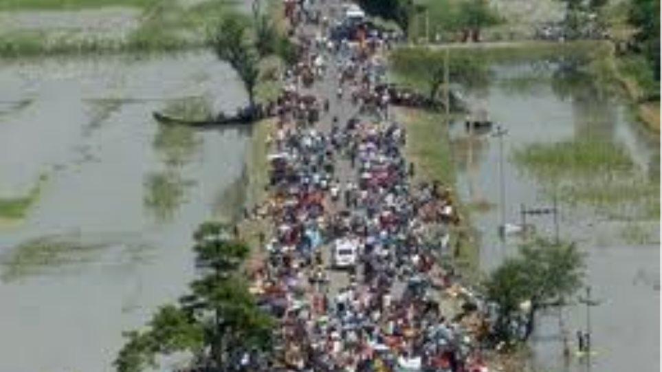 Οκτώ νεκροί από πλημμύρες στα Ιμαλάια