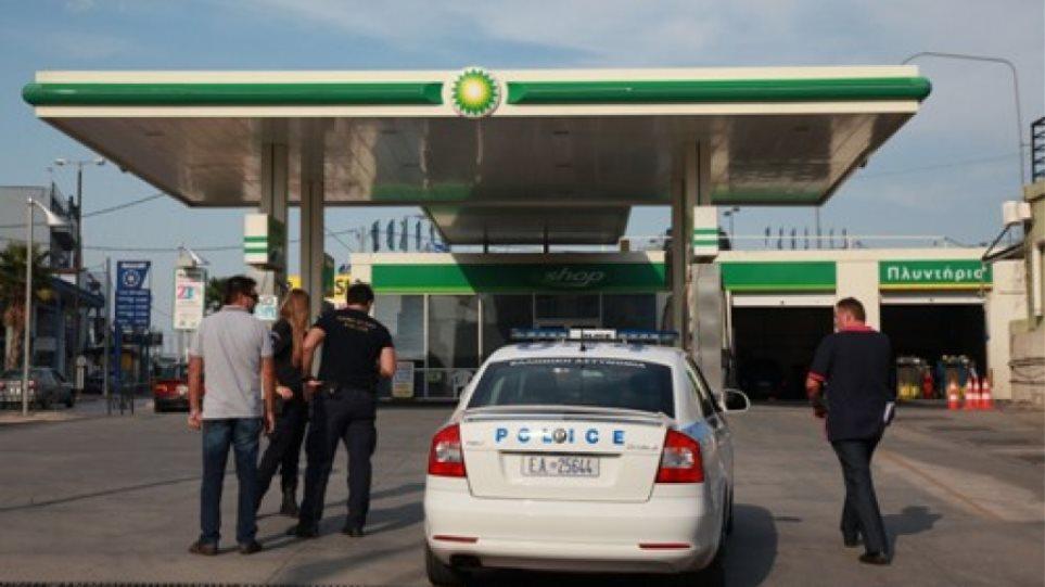 Ρουμάνοι χτυπούσαν βενζινάδικα σε Τρίκαλα και Κοζάνη