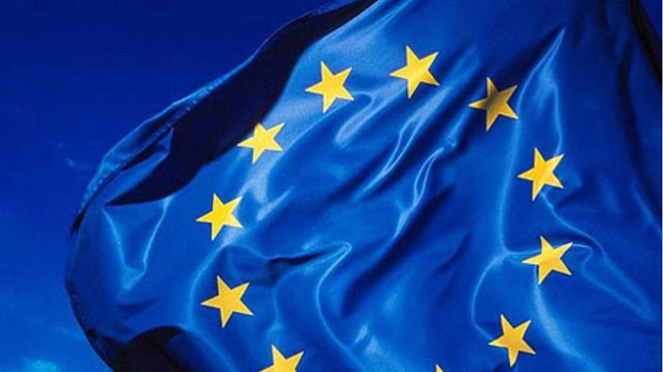 """Μέρκελ: """"Λύση στο Σκοπιανό χωρίς την Ελλάδα δεν υπάρχει"""""""