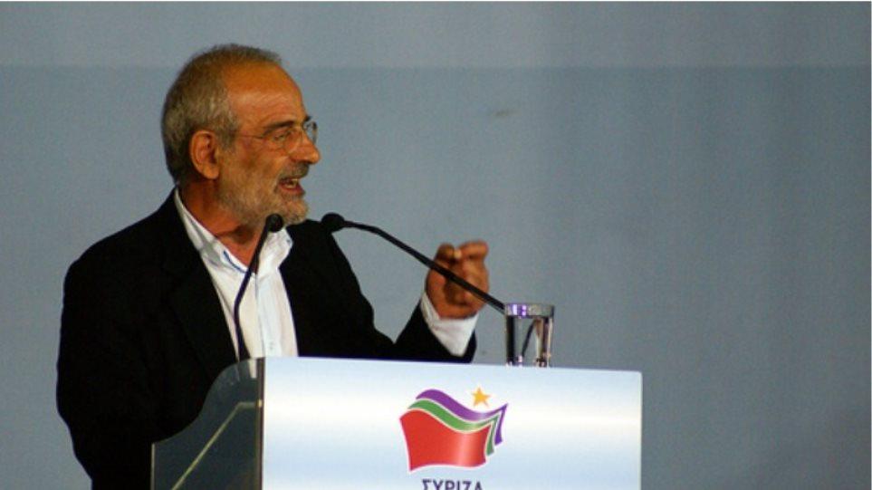 Αλαβάνος: «Έξοδος από το μνημόνιο οδηγεί στην έξοδο από το ευρώ»