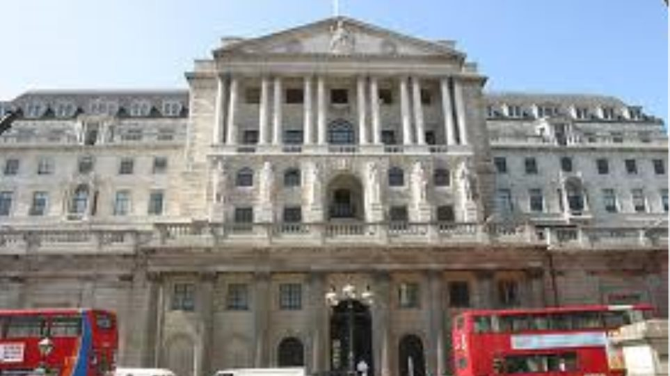 Βρετανία: Υποχώρηση του εμπορικού ελλείμματος