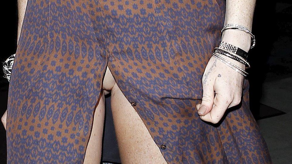 To πιο «καυτό» upskirt... είναι της Lindsay Lohan