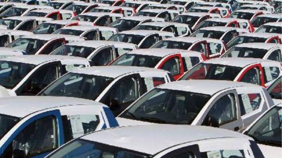 ΕΕ: Νέες μειώσεις των εκπομπών διοξειδίου του άνθρακα των αυτοκινήτων