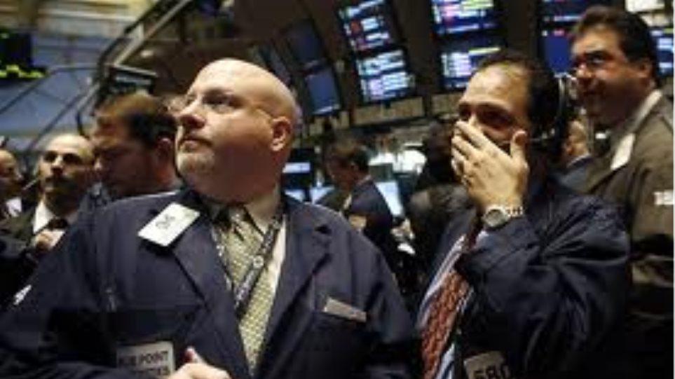Έκτη διαδοχική ημέρα απωλειών στη Wall Street