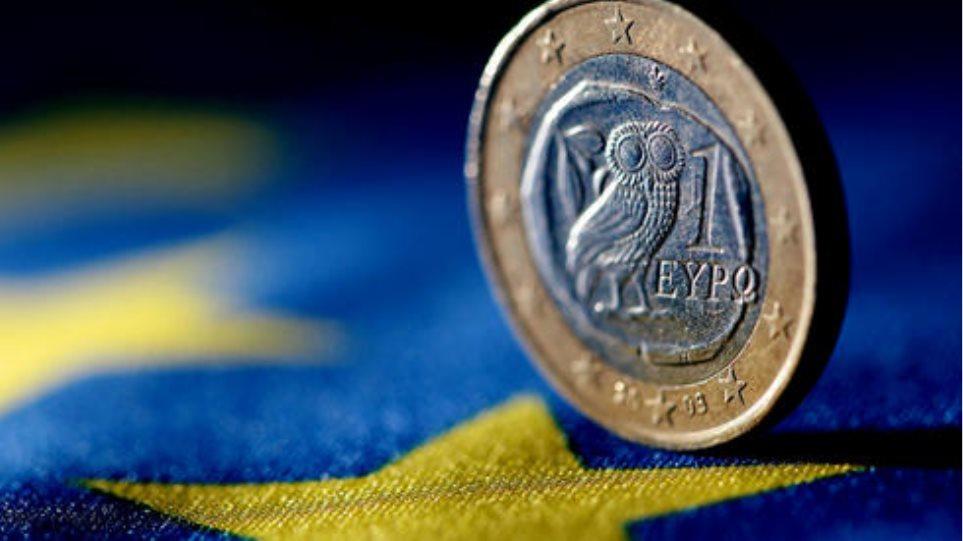 «Σενάριο φρίκης» Γερμανών οικονομολόγων για το ευρώ