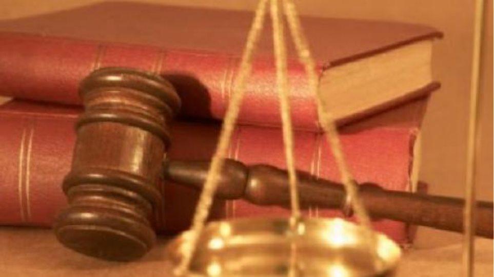 Εισαγγελέας για το ταξίδι του Πρύτανη μετά το δημοσίευμα του Πρώτου Θέματος