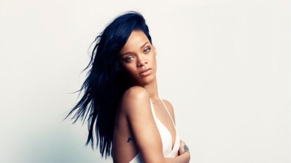 Rihanna: Η φωτογράφηση του «Harper's Bazaar»