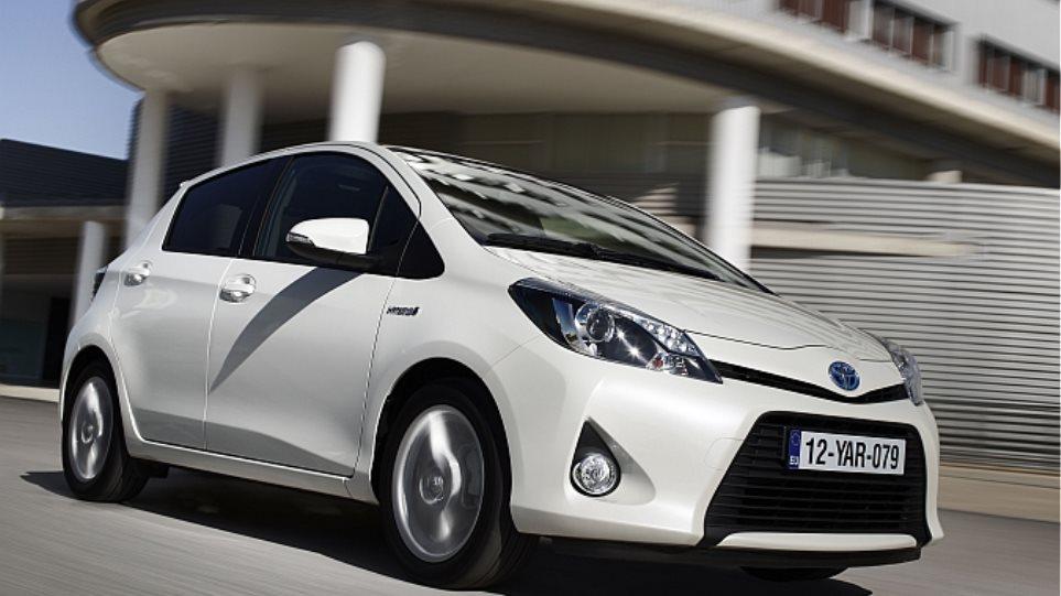 Δοκιμάζουμε το υβριδικό Toyota Yaris