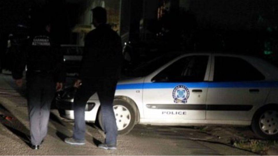 Ανταλλαγή πυρών ανάμεσα σε αστυνομικούς και αλλοδαπούς στην Βοιωτία