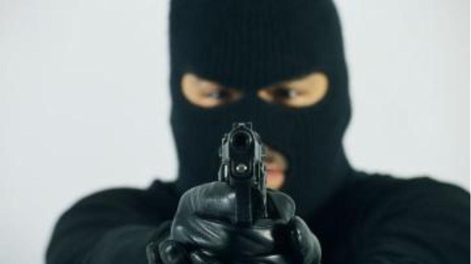 Ένοπλες περιπολίες πολιτών  για την αποτροπή κλοπών!