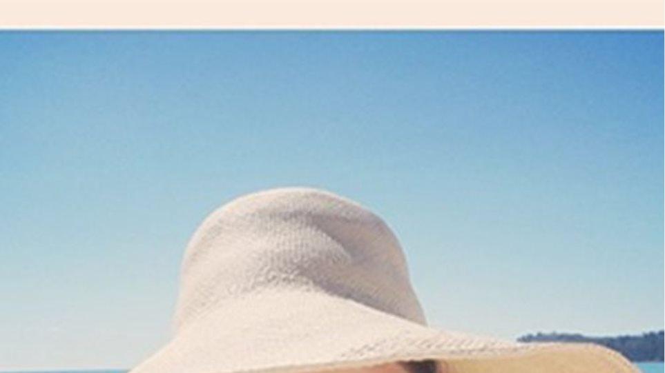 Η Miranda Kerr μοιράζεται μαζί μας τις διακοπές της