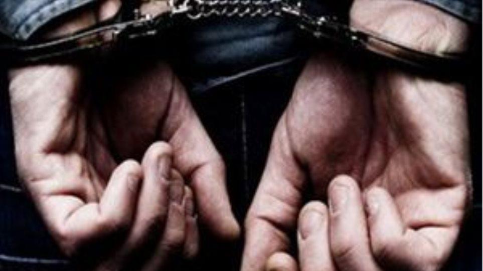 Συλλήψεις σε κατάστημα στο Ηράκλειο για παράνομο τζόγο και ναρκωτικά