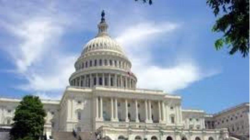 Η εθνική ασφάλεια στο επίκεντρο επίθεσης κατά του Ομπάμα