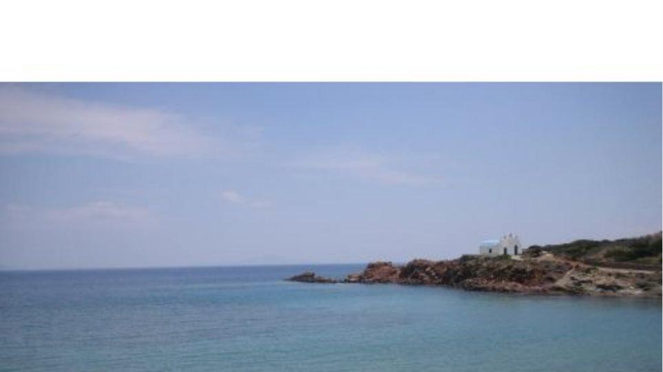 Θρίλερ με ανθρώπινα οστά σε παραλία της Πάρου
