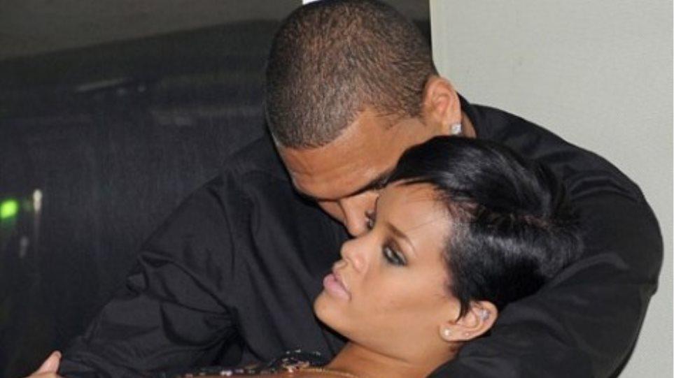 Chris Brown: Με την Rihanna θα είμαστε πάλι μαζί!