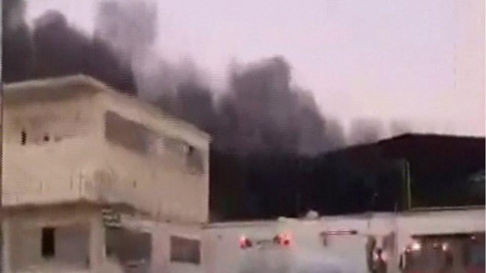 Έσβησε η φωτιά στη βιοτεχνία τροφίμων στο Τατόι