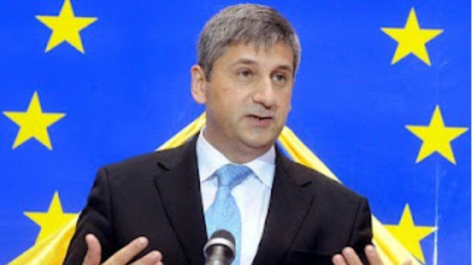 Σπιντελέγκερ: «Με στηρίζει ο Βεστερβέλε για την αποπομπή χωρών από την ευρωζώνη»
