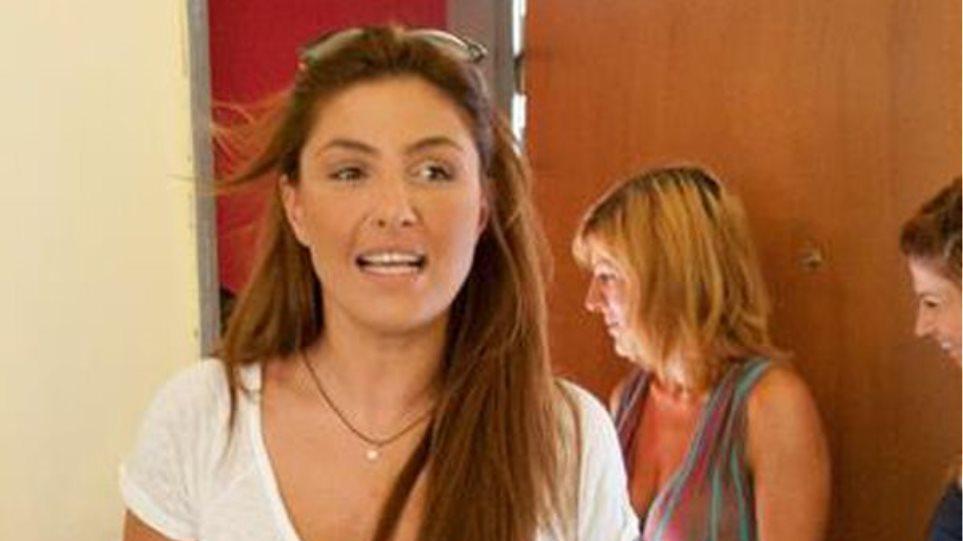 """'Ελενα Παπαρίζου: """"Είμαι σε μια πολύ χαρούμενη φάση της ζωής μου"""""""