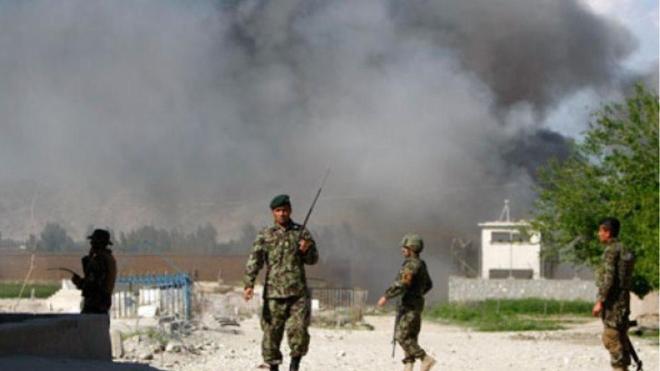 Εκπαίδευση... τέλος για το Αφγανιστάν