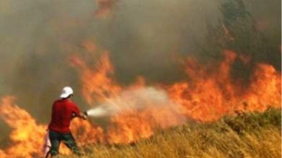 Στις φλόγες το Σοφικό Κορινθίας