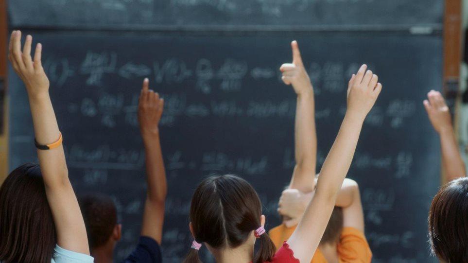 Είκοσι εκατ. στους Δήμους για τις ανάγκες των σχολείων