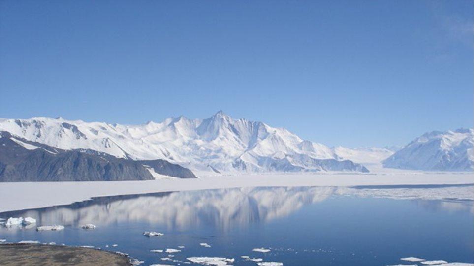 Μεθάνιο από τη «λιωμένη» Ανταρκτική απειλή για το κλίμα