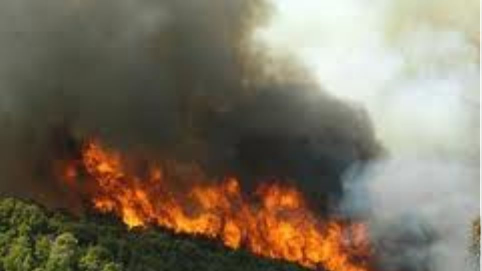 Κάηκε σπίτι στην Κάρυστο - Ένας τραυματίας