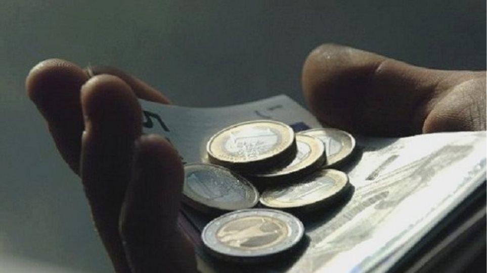 Προτάσεις νόμου του ΚΚΕ για «λαϊκά νοικοκυριά» και ανέργους