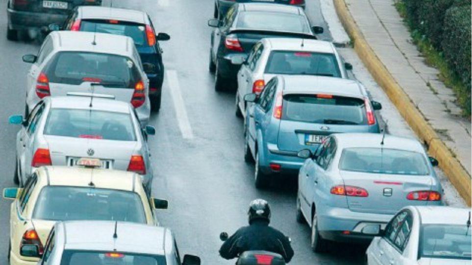 Τι περιμένει όσους δεν πληρώσουν τέλη κυκλοφορίας