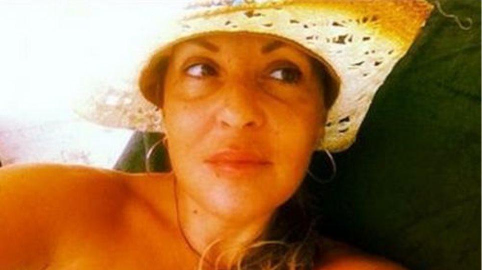Ναταλία Γερμανού: Στην παραλία χωρίς ίχνος μακιγιάζ