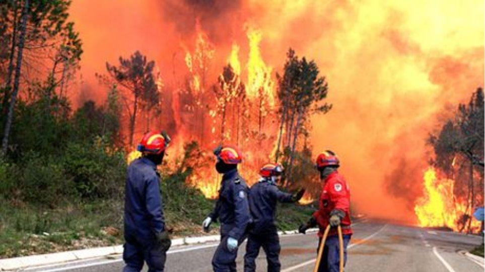 Περίπου 70 εστίες φωτιάς καίνε την Πορτογαλία
