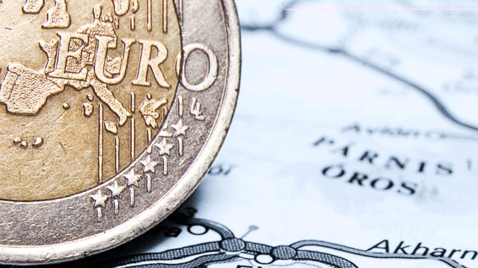 «Υποτιμήστε το ευρώ, δώστε αυξήσεις στους Γερμανούς, όχι άλλες μειώσεις στον Νότο»