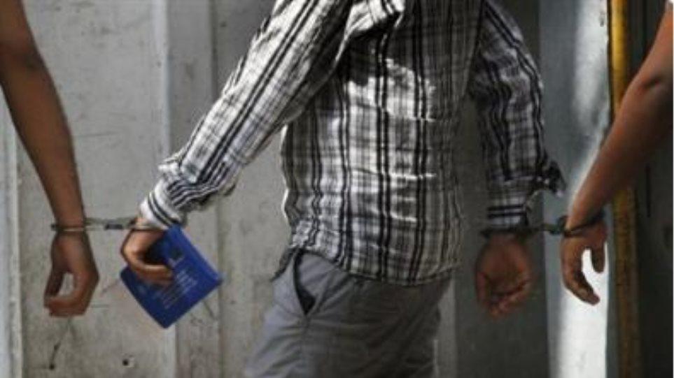 Νέες συλλήψεις  παράνομων μεταναστών την Κυριακή στην Αθήνα