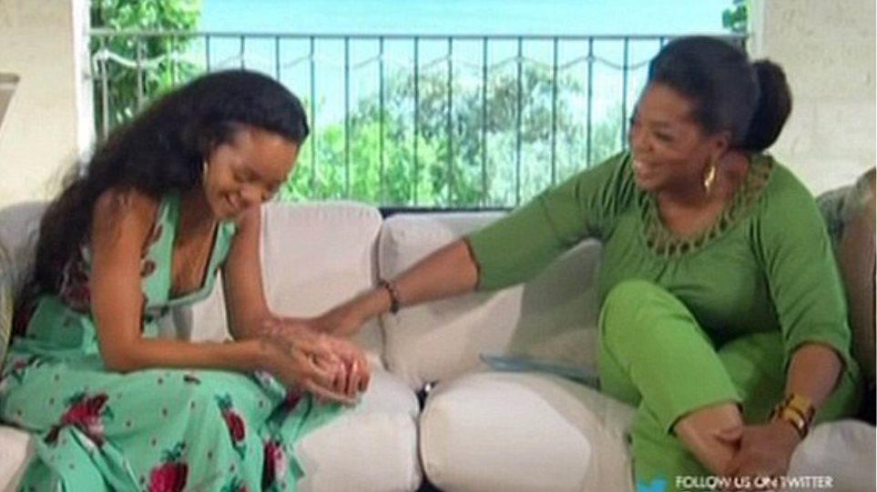 Η Oprah Winfrey δίνει την… ευχή της στη Rihanna