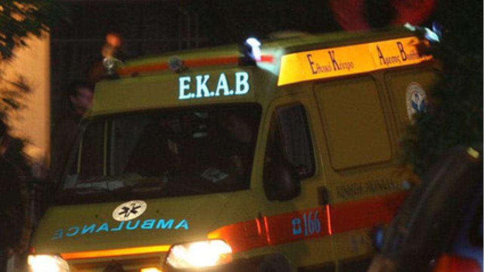 Αγρίνιο: Νεαρός αυτοτραυματίστηκε μπροστά σε κόσμο