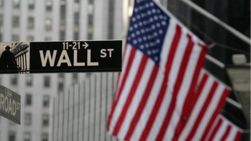 Απογοητεύτηκε η Wall Street από τα outlook των επιχειρήσεων