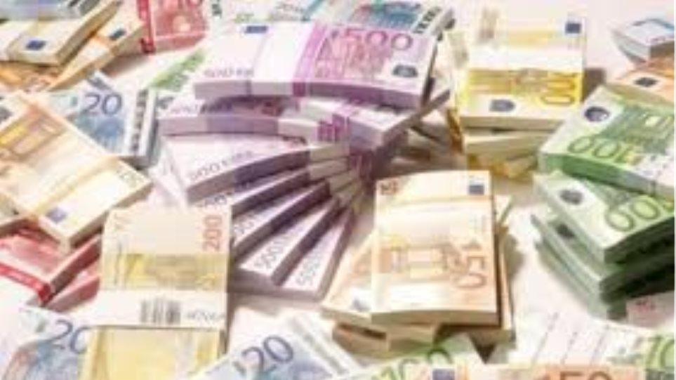 «Ζεστό χρήμα» στην αγορά προαναγγέλλει ο Χατζηδάκης